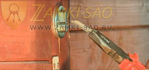 как открыть дверь сломанным ключом